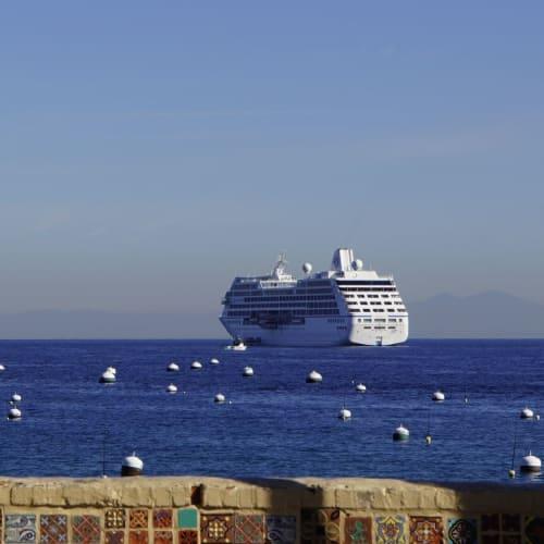 サンタカタリーナ島から見えるSirenaです。 | サンフランシスコ(カリフォルニア州)での客船シィレーナ