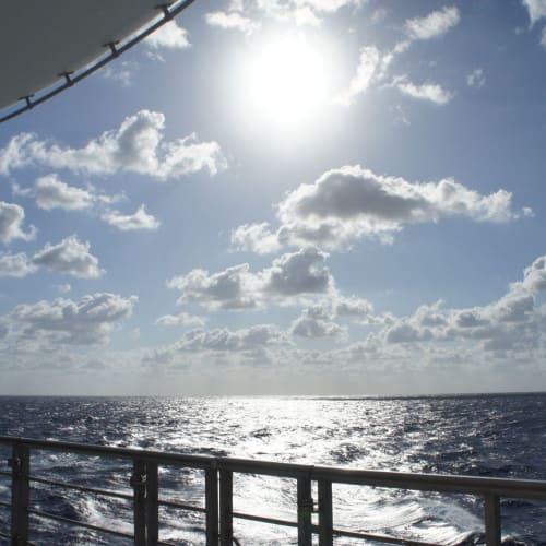 水平線を楽しむ | 客船コスタ・ビクトリアの船内施設