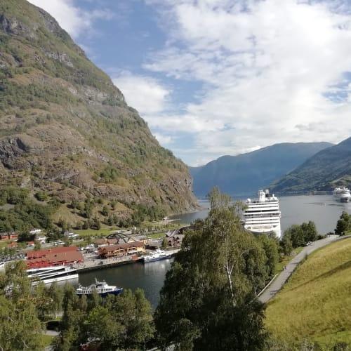 フィヨルド(クルーズ船停泊中) | スタヴァンゲル