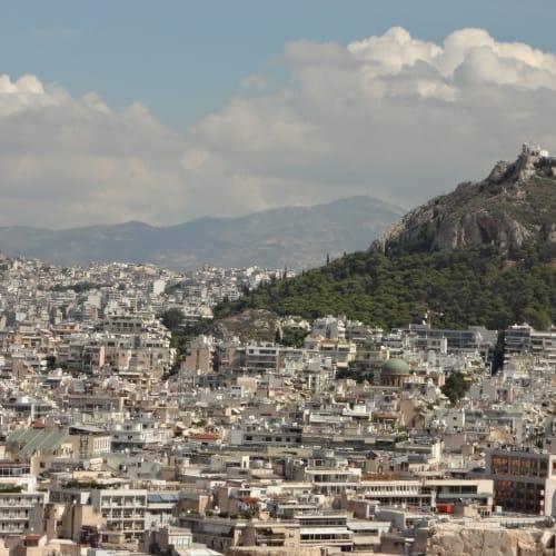 アテネ市街 アクロポリスの丘から   ピレウス(アテネ)