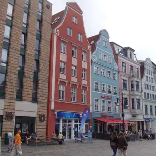 終着地は北部ドイツのロストック。旧市街はなかなかの観光地で、半日ここで過ごしました。 | ヴァーネミュンデ(ロストック)