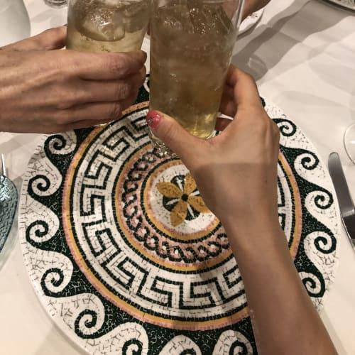 結婚記念日ディナーはサバティーニで乾杯!何故かみんなジンジャエールですが(笑) | 客船ダイヤモンド・プリンセスのダイニング、フード&ドリンク
