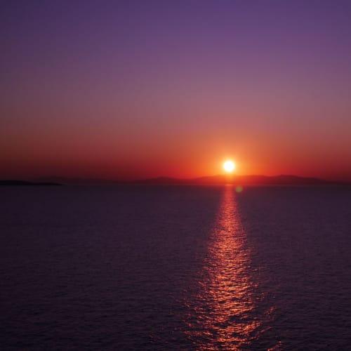 空は紫色に | サントリーニ島