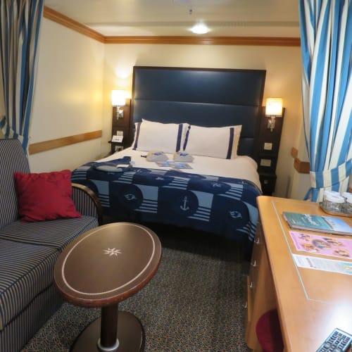 Standard Inside Stateroom | 客船ディズニー・マジックの客室