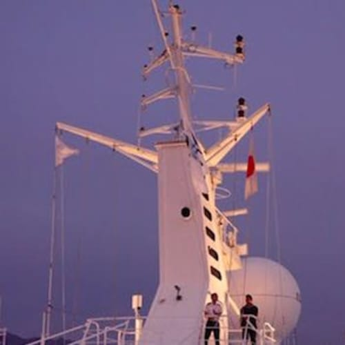 セイルアウェイ・パーティー | 客船スター・レジェンドの外観