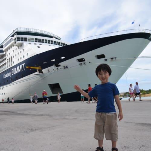 客船セレブリティ・サミットの乗客、外観