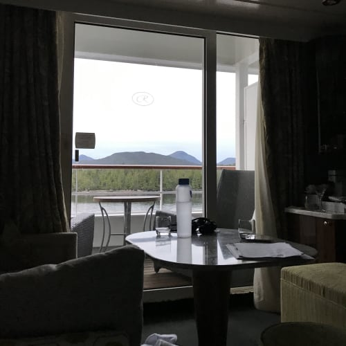 一番安い部屋を予約しましたが、2、3ランクアップグレードしていただいたようです。 | 客船セブンシーズ・マリナーの客室