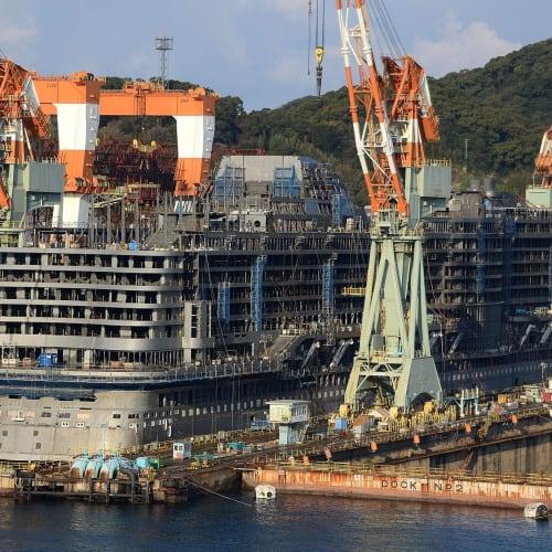 五日目:長崎港初寄港、三菱重工長崎造船所ではアイーダ・クルーズの客船アイーダプリマ号を建造中 | 長崎での客船アイーダ・プリマ