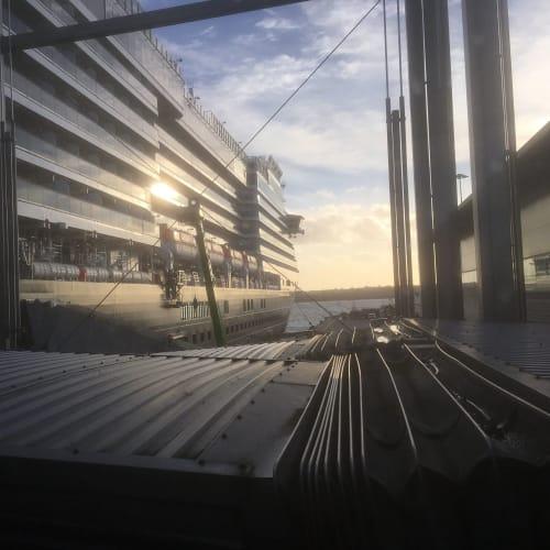 29日サザンプトン乗船 風の強い日でした。 | サウサンプトン