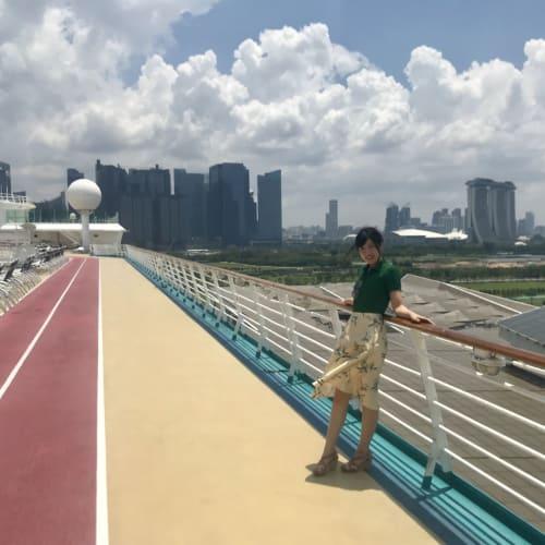 マリーナベイサンズを眺めながら出港!   シンガポール