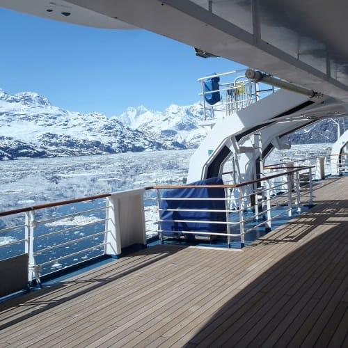 客船カーニバル・ミラクルの船内施設