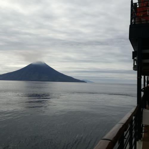 カムチャッカ沖 | カムチャツカ半島での客船セレブリティ・ミレニアム