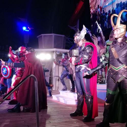 マーベルショーです | 客船ディズニー・マジックのアクティビティ、船内施設