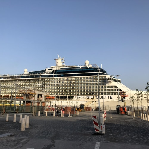 客船セレブリティ・シルエットの外観