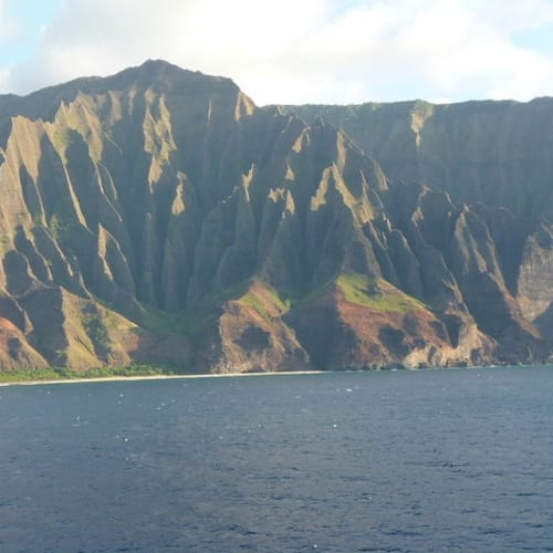 ナパリコーストはこのクルーズのハイライト | カフルイ(マウイ島)