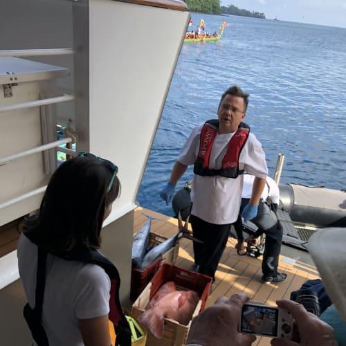 客船ロストラルの乗客、船内施設
