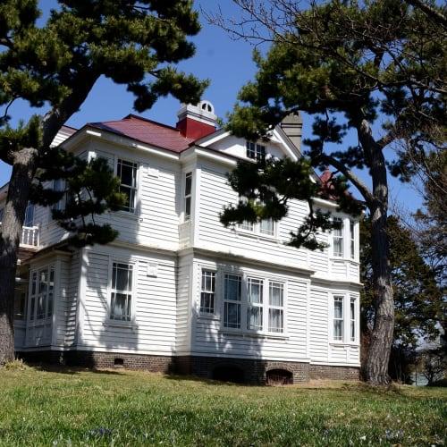 函館遺愛女子高校の敷地にある重要文化財宣教師館の「ホワイトハウス」 | 函館