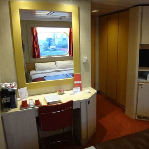 25日間、この部屋で過ごしました。 | 客船コスタ・ネオリヴィエラの客室