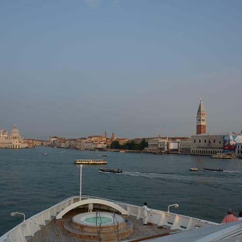 八日目:出発のベネチア港に戻るシーボーン・スピリット | ヴェネツィアでの客船シーボーン・スピリット