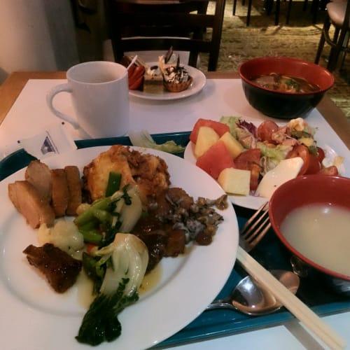 夕食ビュッフェ | 客船スター・パイシスのブッフェ、フード&ドリンク