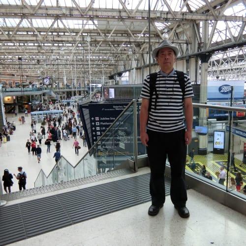 クルーズを翌日に控えてロンドン・ウォータール駅にて下見物。