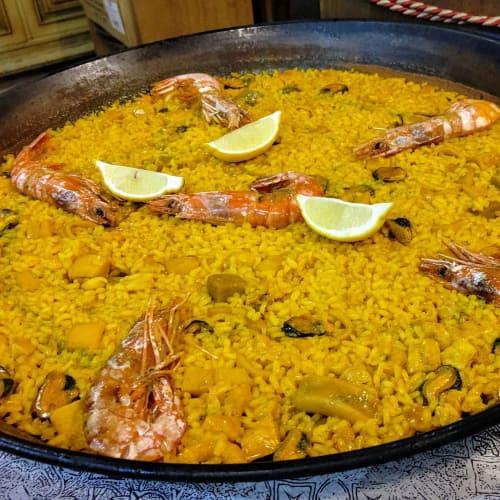 バレンシアが発祥の名物料理パエリア