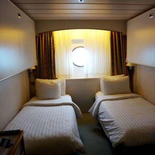 私たちが利用したキャビン。おそらく窓側の最安値室。特に問題はありませんでした。 | 客船プルマントゥール・モナークの客室
