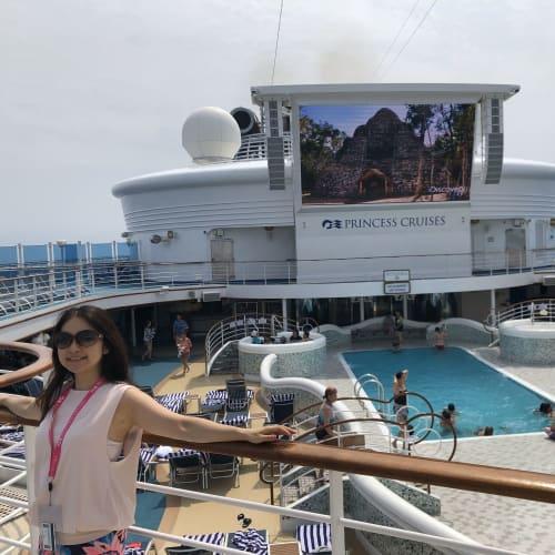 最初の二日間が嘘のようにお天気続きで良かったーー! | 客船ダイヤモンド・プリンセスの乗客、船内施設