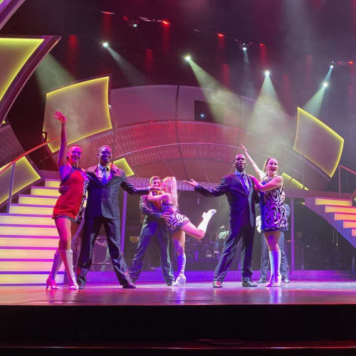 ショーは概ねレベルの高いもので毎回楽しめました。