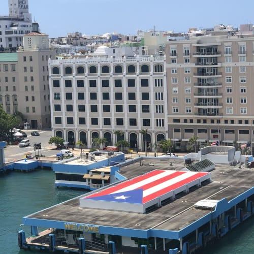 プエルトリコにて。到着時のバルコニーから。 | サンフアン(プエルトリコ島)