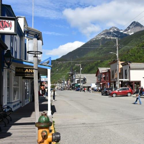 そのまま西部劇の映画セットになりそうだったスキャグウェイの街です。 | スカグウェイ(アラスカ州)