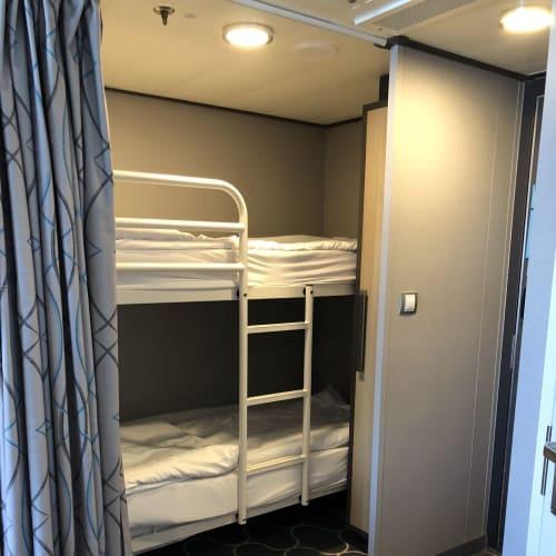 二段ベッド | 客船ハーモニー・オブ・ザ・シーズの客室