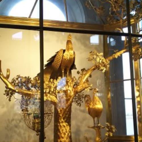 エルミタージュ美術館に展示されているクジャクの時計 | サンクトペテルブルク