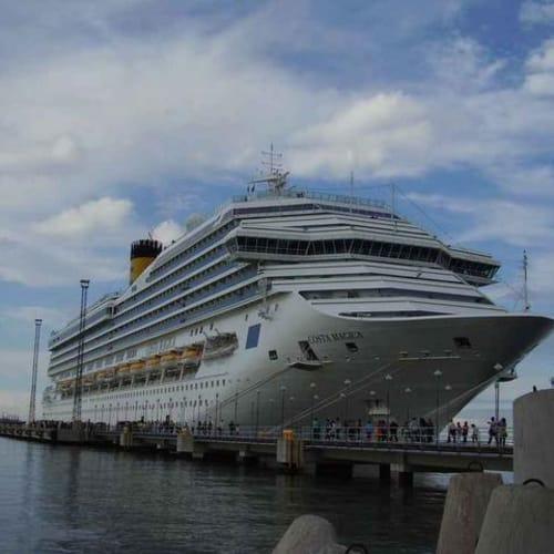 コスタマジカ   客船コスタ・マジカの外観