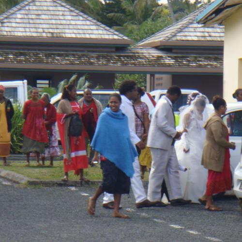 22日マレ。偶然出くわした現地の結婚式? | タディーヌ(マレ島)