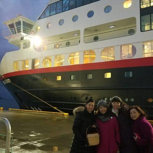 客船MSトロルフィヨルドの乗客、外観