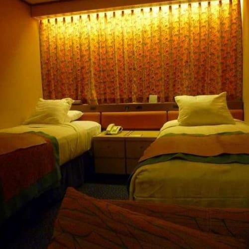 インサイドの部屋 | 客船ザーンダムの客室