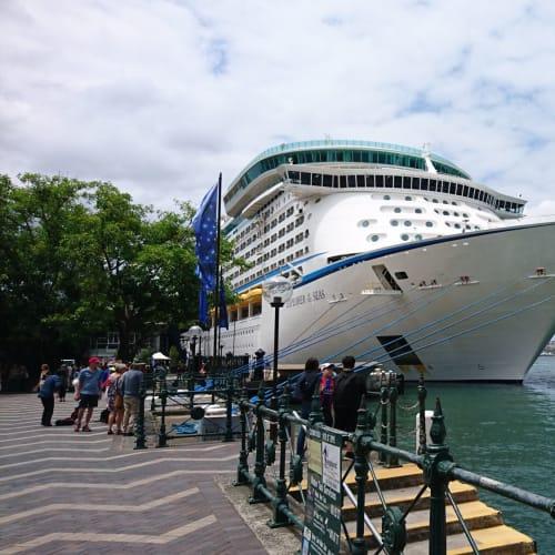 シドニーでの客船エクスプローラー・オブ・ザ・シーズ