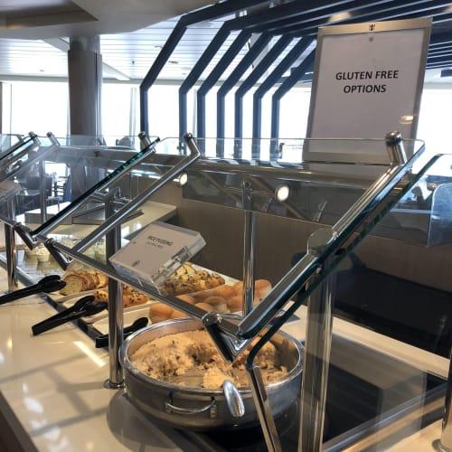 ウィンジャマ・カフェ。グルテンフリーもありました。 | 客船ハーモニー・オブ・ザ・シーズのブッフェ、フード&ドリンク