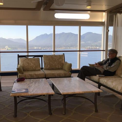 乗船客が少なかったようで、のんびり出来ました | 客船セブンシーズ・マリナーの乗客、船内施設