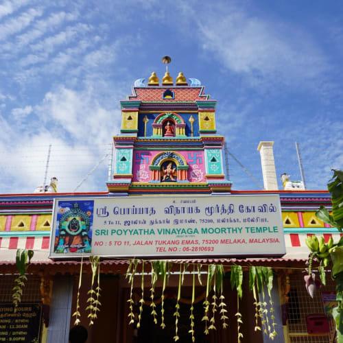 ヒンドゥー教のお寺はカラフル!