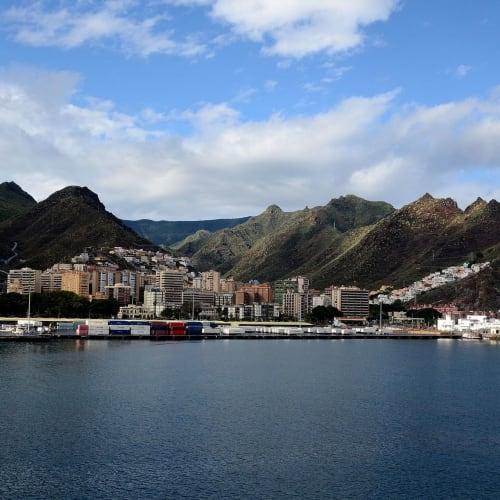 四日目:テネリフ島(スペイン)寄港 | サンタ・クルス・デ・テネリフェ(テネリフェ島 / カナリア諸島)
