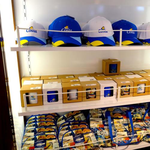 コスタロゴグッズ。船に乗ると必ずマグカップを買います。 | 客船コスタ・ネオロマンチカの船内施設