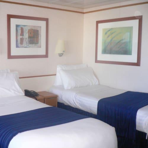 ジュニアスイートの部屋 | 客船エクスプローラー・オブ・ザ・シーズの客室