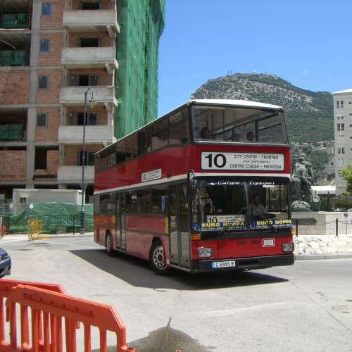 ジブラルタル英国製バス | ジブラルタル