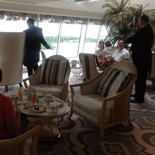客船クリスタル・シンフォニーの乗客、船内施設