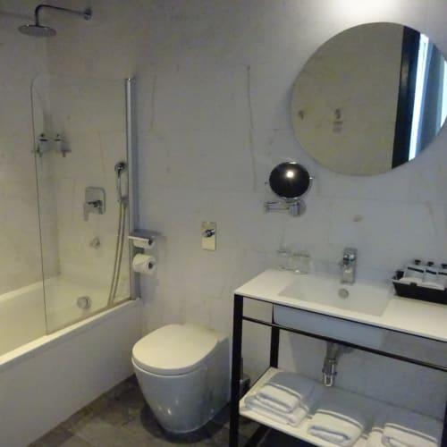 バスルームは広いです。