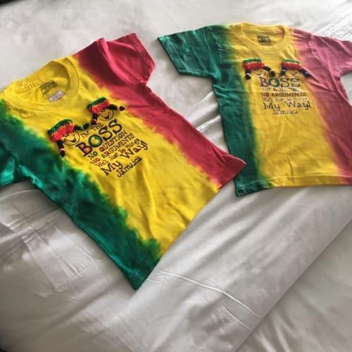 ファルマスでお土産にジャマイカTシャツ   ファルマス