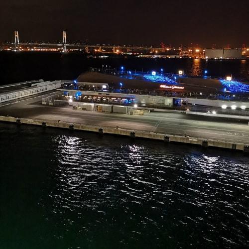出航時の大さん橋 | 横浜