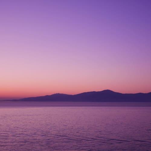 日が暮れる頃にミコノス島に到着 | ミコノス島